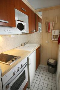 Cuisine studio deux personnes Thermotel lit 140