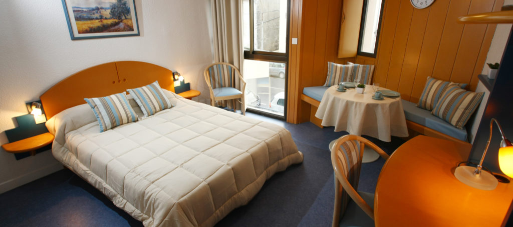 Rental Studio 2 Pers Twin For Cure In Dax Close To The Thermal Baths
