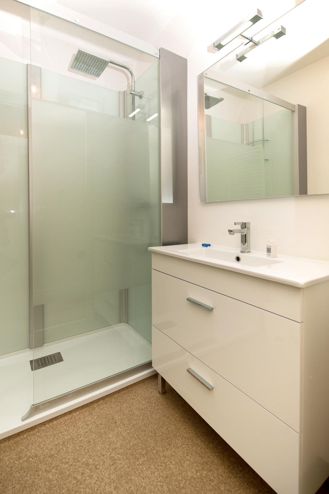 Salle De Bain Dax salle de bain studio 2 personnes -